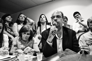 Representante do IPHAN falando na audiência de Março de 2012