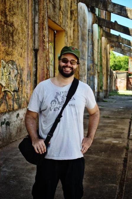 Leonardo Cisneiros em visita ao Cais José Estelita.